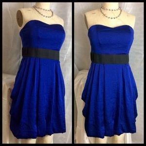 Dresses & Skirts - Lovely Royal Blue Strapless Cocktail dress Sz 10